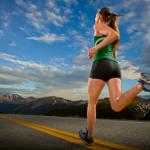 atleta praticando corrida para emagrecer com saúde