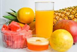 frutas - sucos vitaminas e saladas - lanches saudáveis