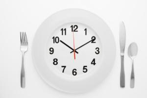 Alimentar de três em três horas traz benefícios