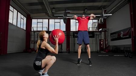 Crossfit exercício com bola