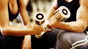 Treino e descanso para ganhar peso e massa muscular