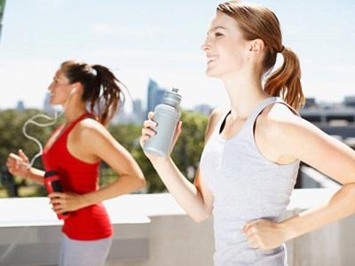 Alimentação saúdavel e atividades físicas diárias ajudam na qualidade de vida