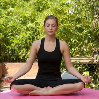 yoga traz benefícios para saúde