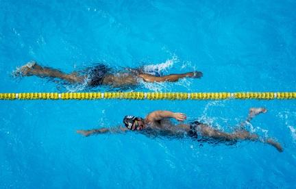 Natação Esportes adaptados para deficientes