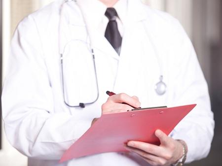 Cuidar bem da própria saúde com consultas médicas