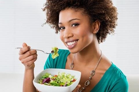 comer antes de ter fome ajuda controlar seu apetite