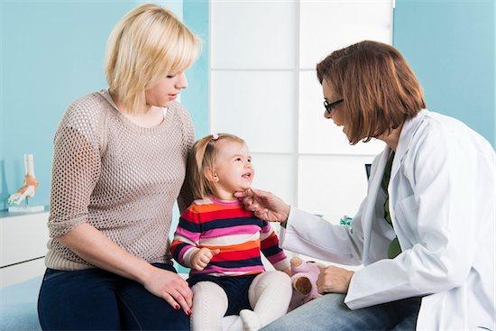 Consulta com a pediatra para avaliar o IMC Infantil
