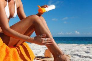Uso do protetor solar: dicas de saúde e beleza para o verão