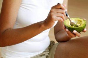 O abacate é um dos alimentos que queimam gorduras