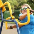 Nas academias ao ar livre as pessoas ficam mais à vontade