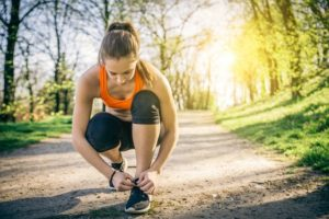 Praticar exercícios físicos de manhã é benéfico para a saúde